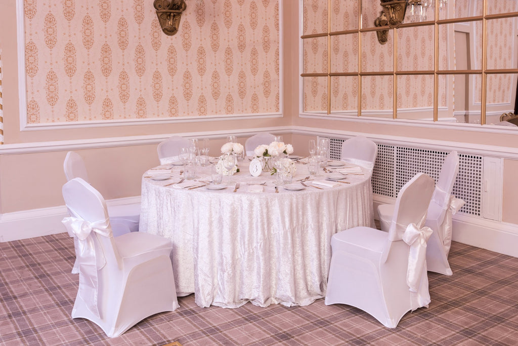 Round Crushed Velvet Ivory Table Cloths, Table Cloths, Scene My Event, Scene My Event - Scene My Event