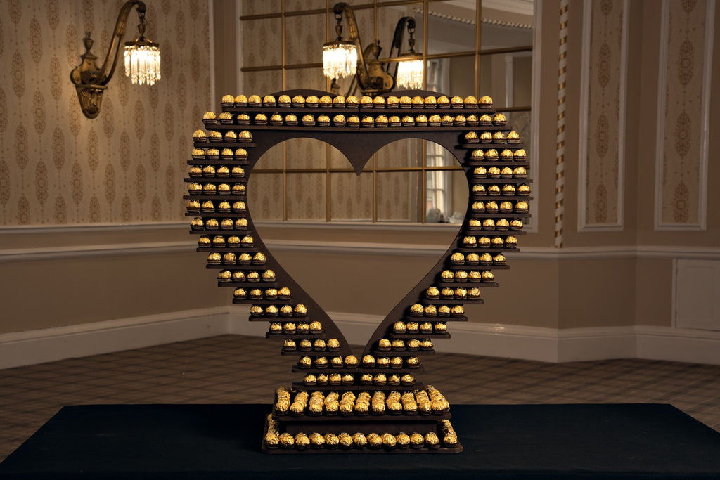 Large Rotating Ferrero Rocher Heart, Candy & Sweets, Scene My Event, Scene My Event - Scene My Event