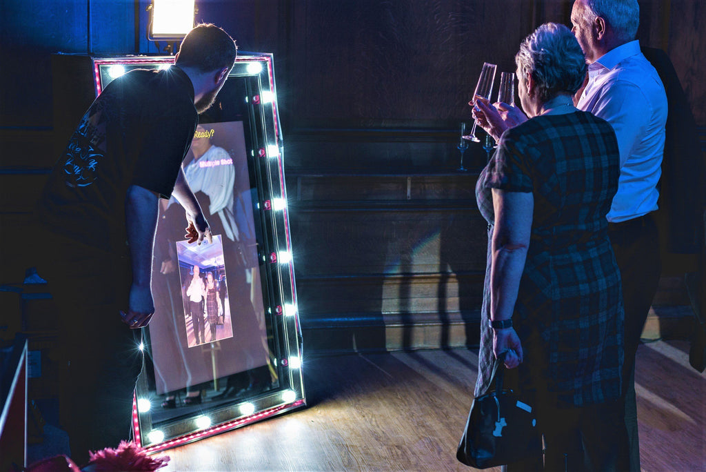 Hollywood Spectre Magic Mirror Photo Booth