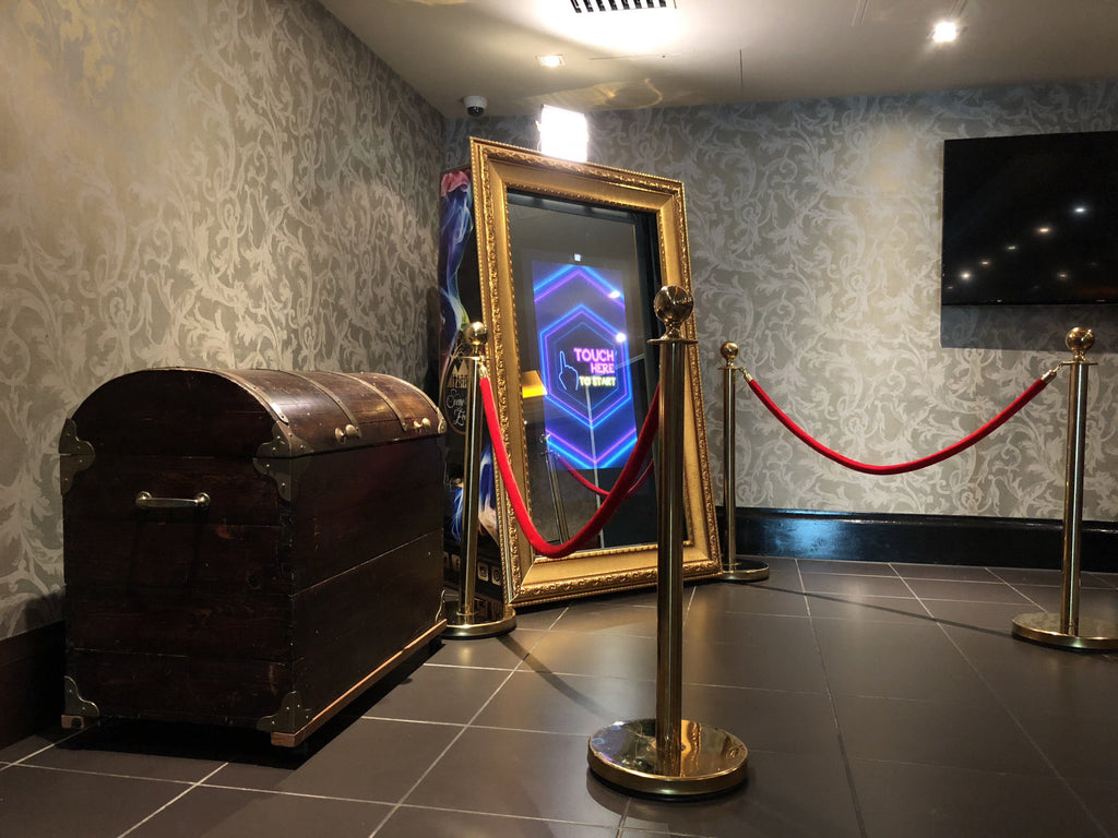 Ornate Golden Magic Mirror Booth, Photography, Scene My Event, Scene My Event - Scene My Event