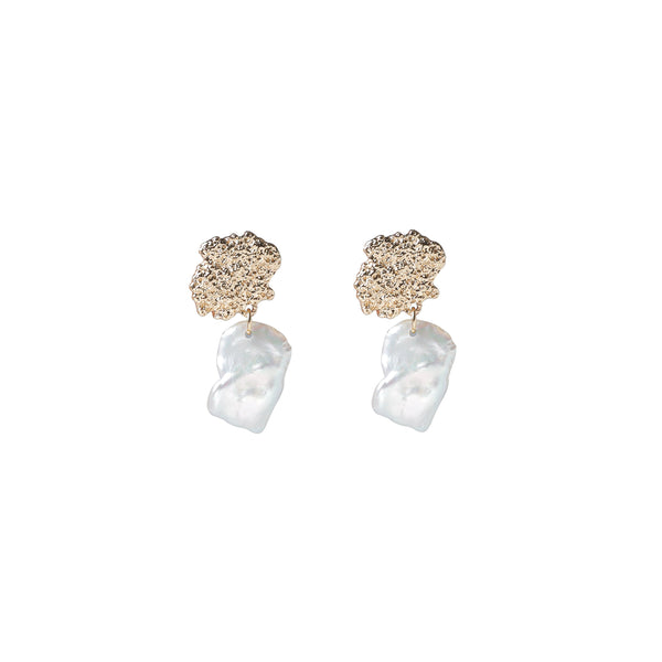Daphne Freshwater Pearl Earrings