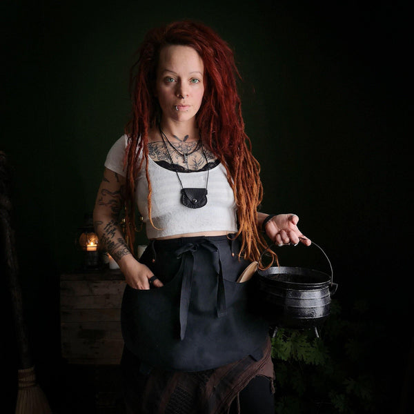 Cauldron Apron - Canvas - Large - Hammerthreads