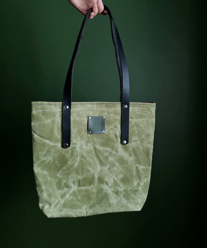 The Everyday Tote Canvas - Medium - Green & Brown
