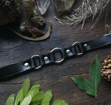 Load image into Gallery viewer, Triple Goddess Choker