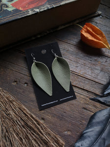 Pinched Leaf Earrings - Large - Mint - Hammerthreads