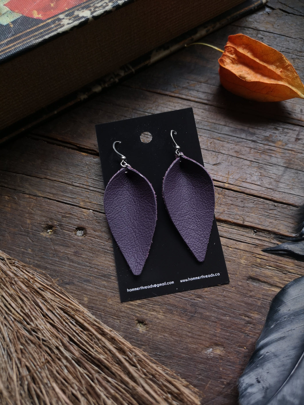 Pinched Leaf Earrings - Large - Light Purple - Hammerthreads