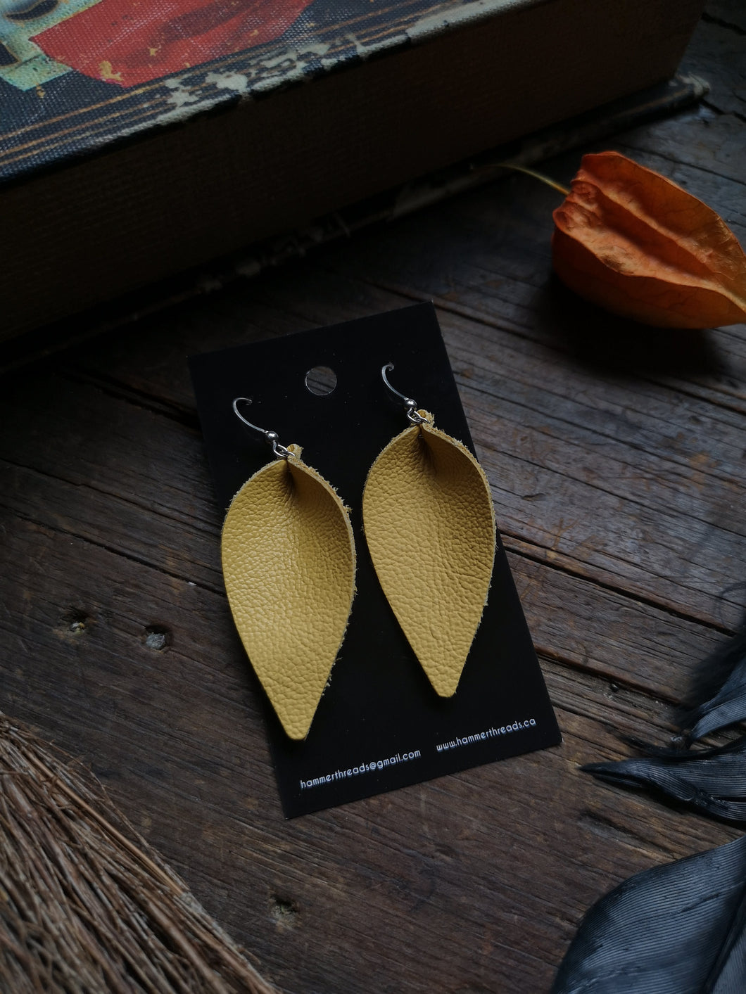 Pinched Leaf Earrings - Large - Canary Yellow - Hammerthreads