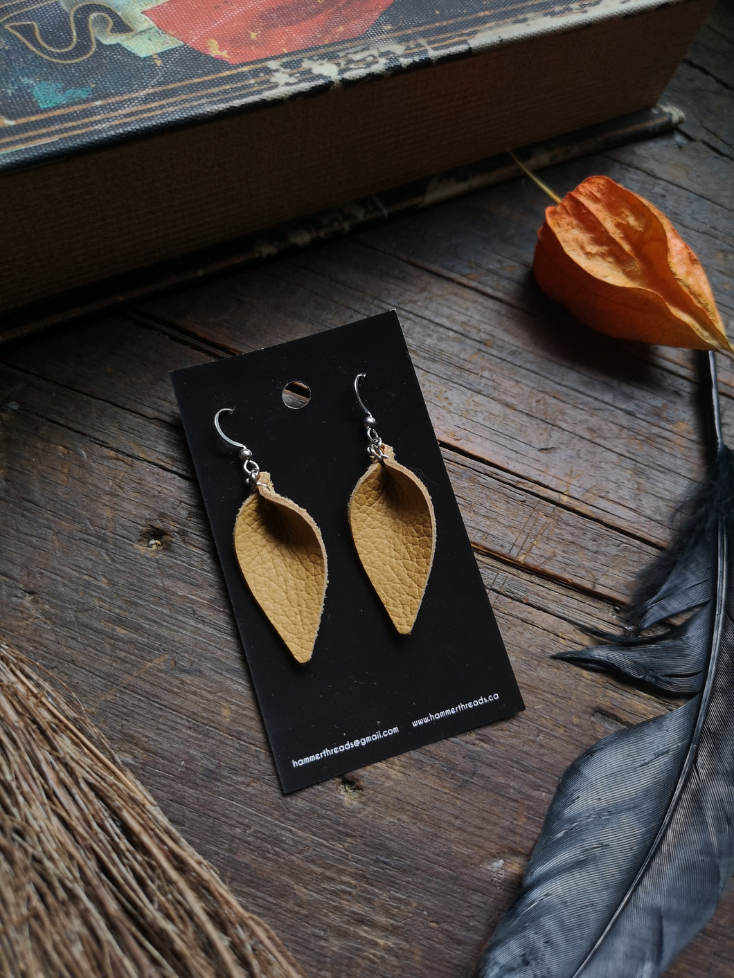 Leaf Earrings - Small - Honey
