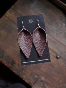 Pinched Leaf Earrings - Large - Brown - Hammerthreads