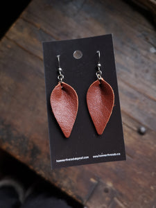 Pinched Leaf Earrings - Small - Rust - Hammerthreads