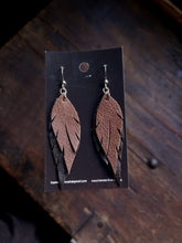 Load image into Gallery viewer, Feather Earrings - Brown and Black