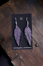 Load image into Gallery viewer, Feather Earrings - Light Purple and Black