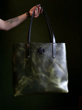 Load image into Gallery viewer, The Everyday Tote in Malachite - Large