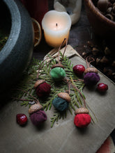 Load image into Gallery viewer, Enchanted Acorn Ornaments - Hearthside Scent
