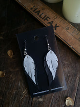 Load image into Gallery viewer, Feather Earrings - Silver and Black - Hammerthreads