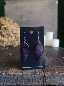 Leaf Earrings - Amethyst - Hammerthreads