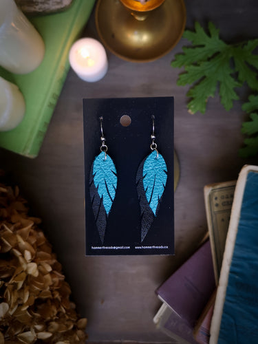 Feather Earrings - Turquoise and Black - Hammerthreads
