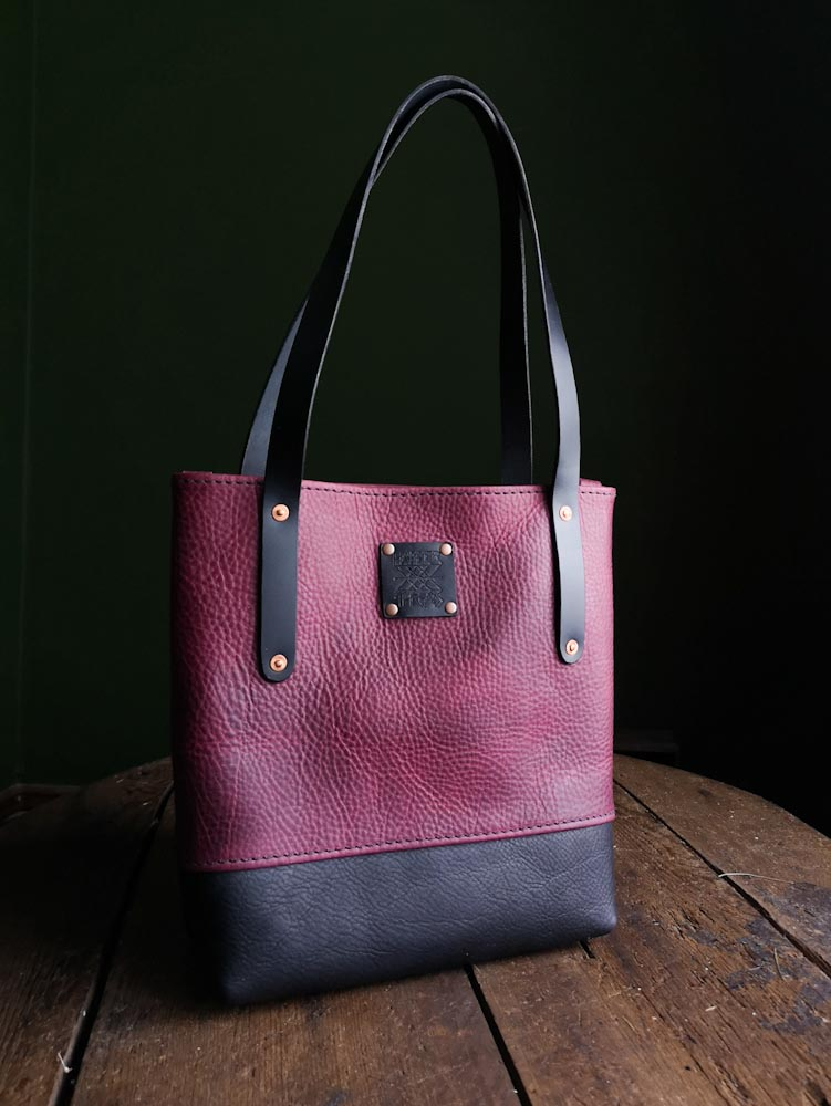 Classic Tote Mini - Spinel and Ebony