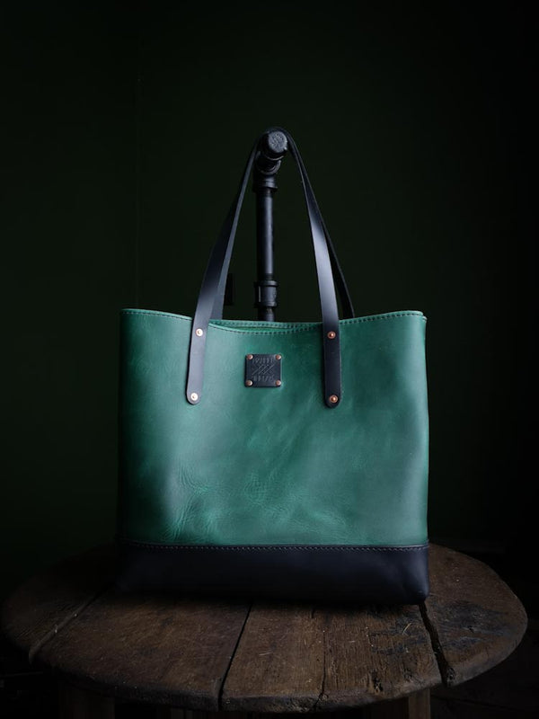 Classic Tote - Ivy and Midnight