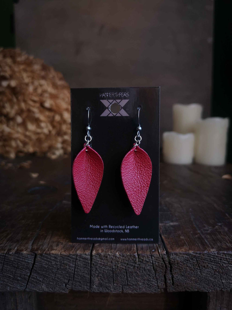 Pinched Leaf Earrings - Small