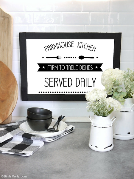 Farmhouse Kitchen Printable Sign | BirdsParty.com