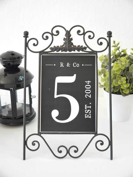 Farmhouse Family Number Printable Sign | BirdsParty.com