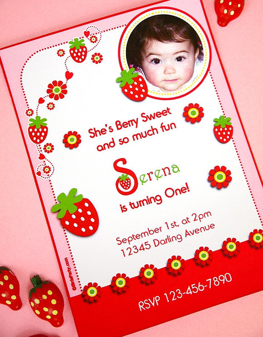 Strawberry Birthday Party Printable Invitations | BirdsParty.com