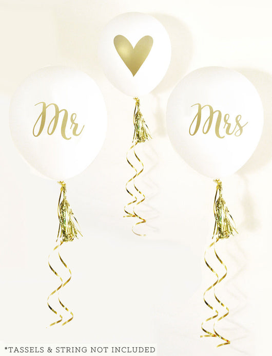 Mr & Mrs Party Balloons in White and Gold | BirdsParty.com