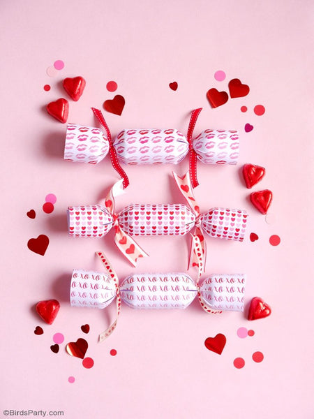 Valentine's Day Printable Party Crackers | BirdsParty.com