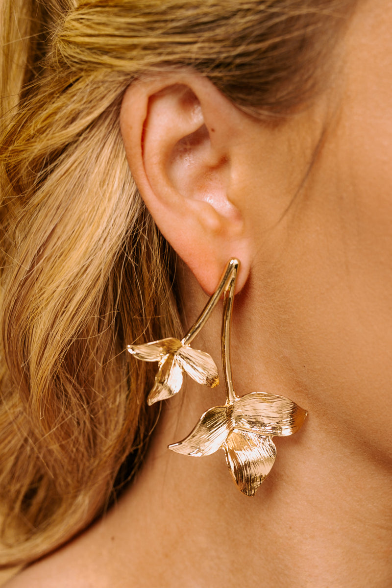 "The ""Leaf It Be"" Earrings - Gameday Couture"