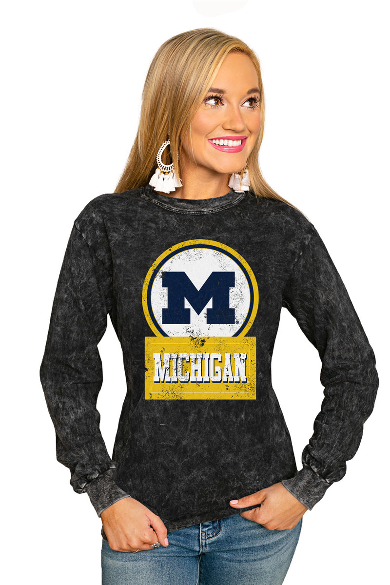 "MICHIGAN WOLVERINES ""GOOD VIBES"" RETRO MINERAL WASH CREW - Gameday Couture"