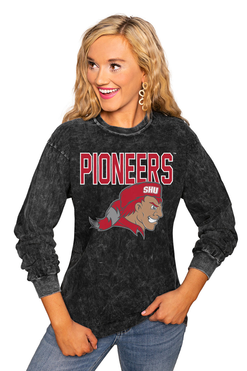 "SACRED HEART PIONEERS ""FOURTH DOWN"" RETRO MINERAL WASH CREW - Gameday Couture"