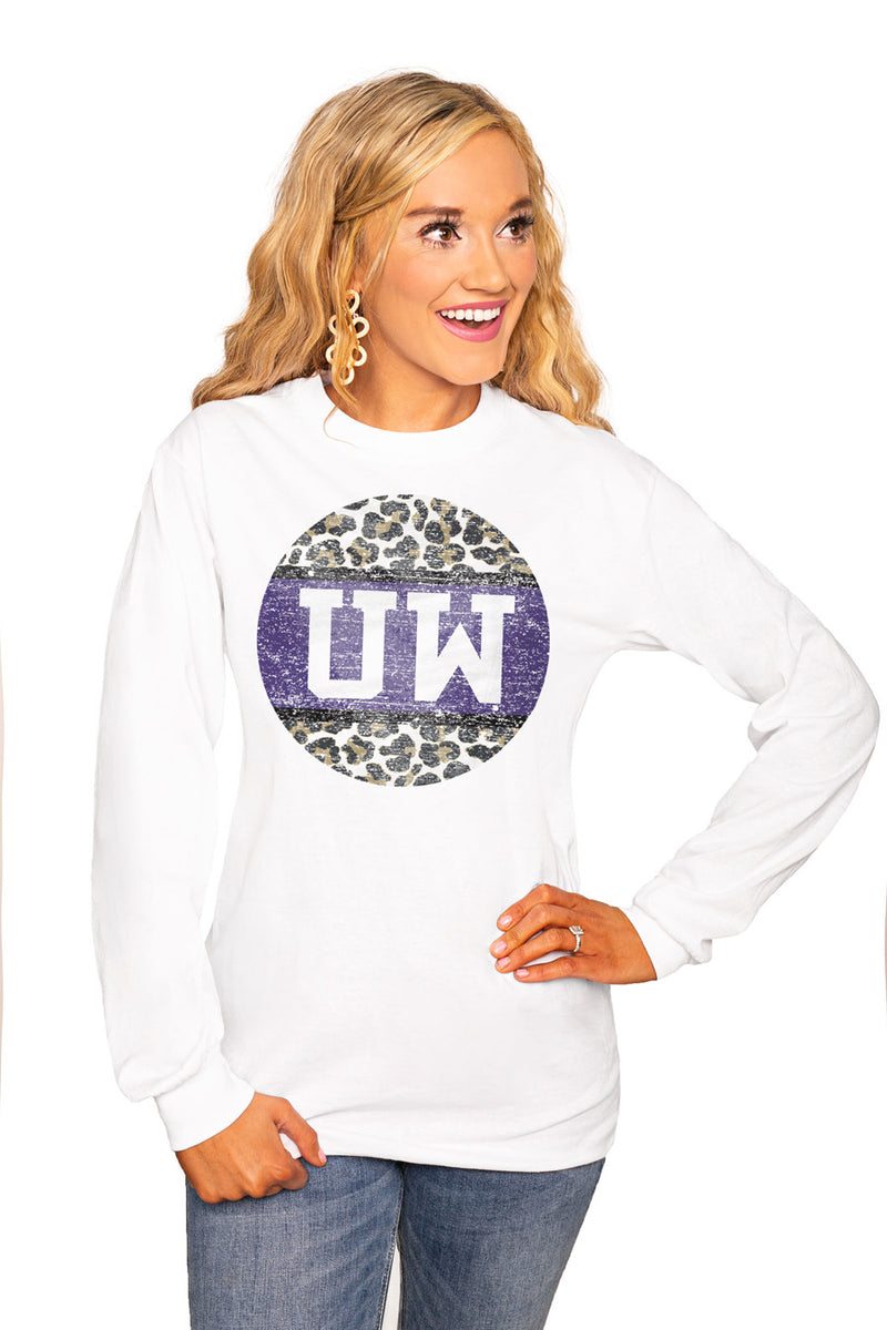"Washington Huskies ""Scoop & Score"" Luxe Boyfriend Crew Tee - Shop The Soho"