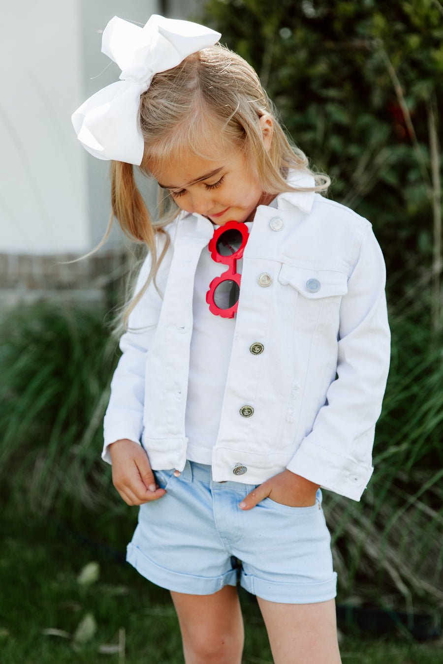 kids summer outfit white denim jacket with blue shorts