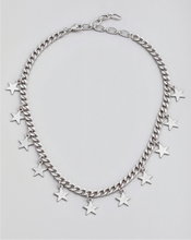Curb Chain Star Charm Necklace