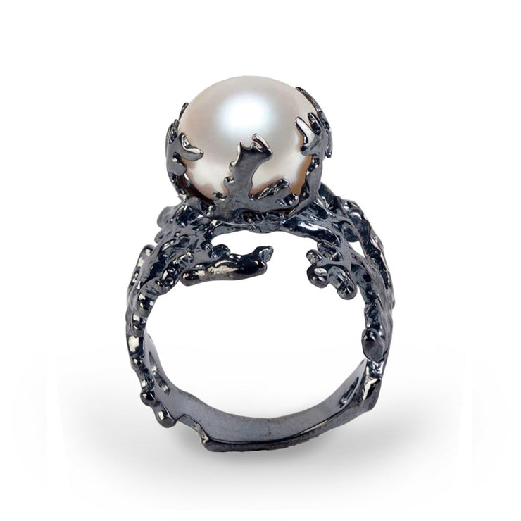 Coral Pearl Black Ring