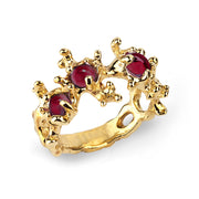 Between the Seaweeds Garnet Ruby Gold Ring