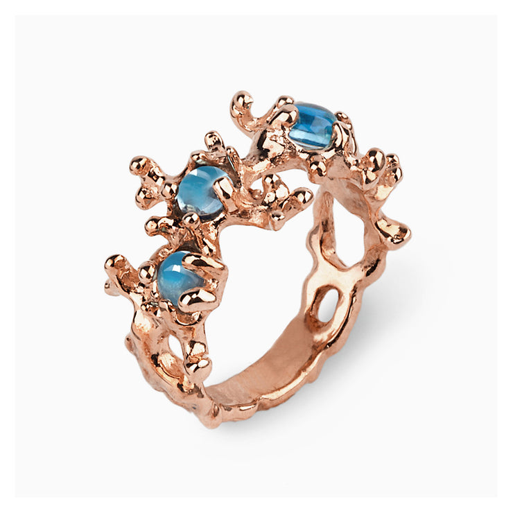 Between the Seaweeds Blue Topaz Rose Gold Ring
