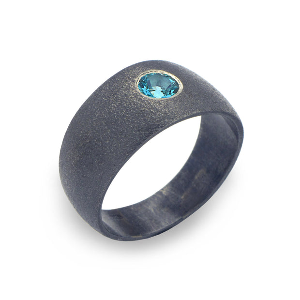 Point Blue Topaz Black Band Ring