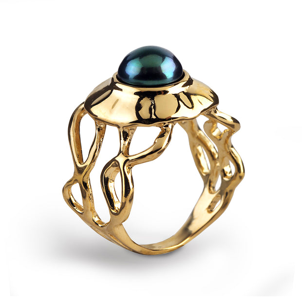 Medusa Black Pearl Gold Ring