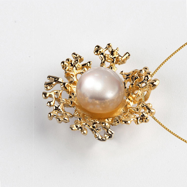 Coral Flower Black Pearl Gold Pendant Necklace