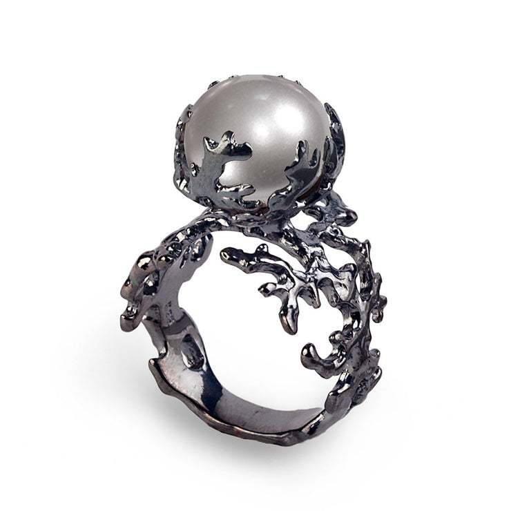 Coral Gray Pearl Black Ring
