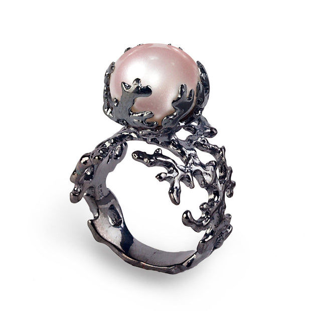 Coral Pink Pearl Black Ring