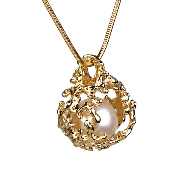 Coral Nest Gold Pearl Pendant Necklace