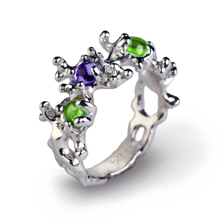 Between the Seaweeds Peridot and Amethyst Ring