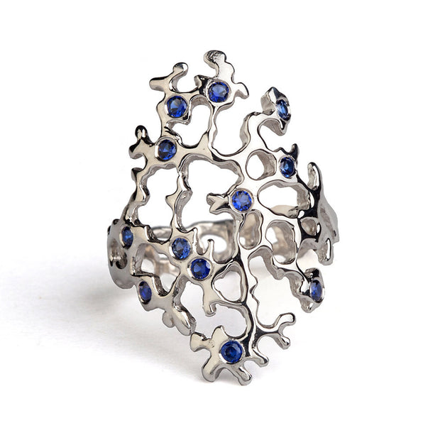 Sea Spray Sleek Blue Sapphire Ring