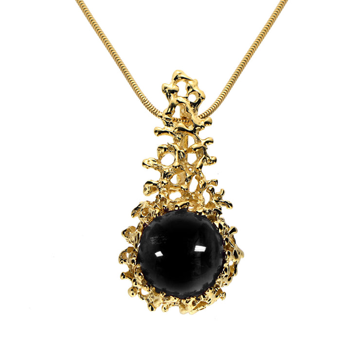 Coral Gold Onyx Pendant Necklace