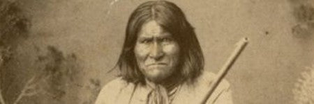 Apache chief Geronimo photograph to auction on May 16