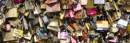 Paris love locks to auction for charity