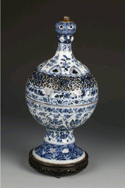 Chinese vase from China's Yongle period